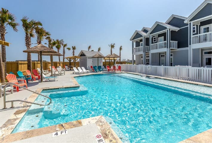 This beautiful pool is a year around heated salt water pool!