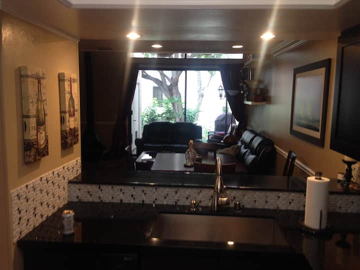 Placentia Lakes Town Home 2 Stories Entire Place