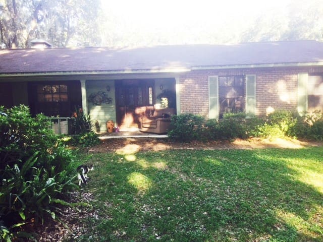 Close to Orlando and beaches with a pool - Plant City - Casa
