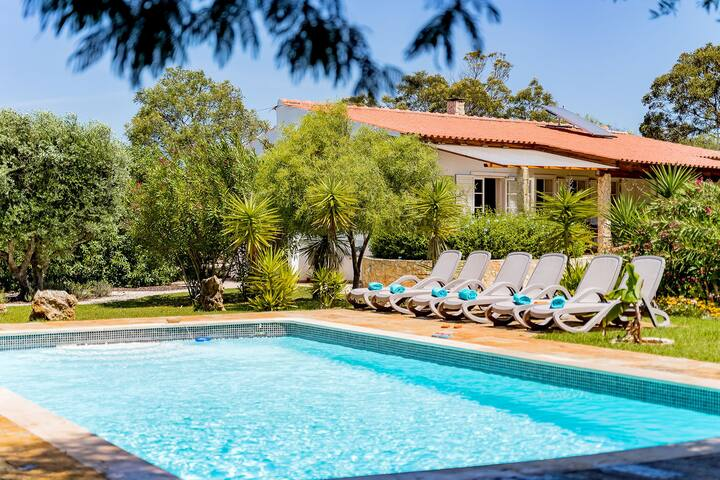 Villa with free Wi-Fi | A/C | private pool [can be heated] | garden [RMJ01]