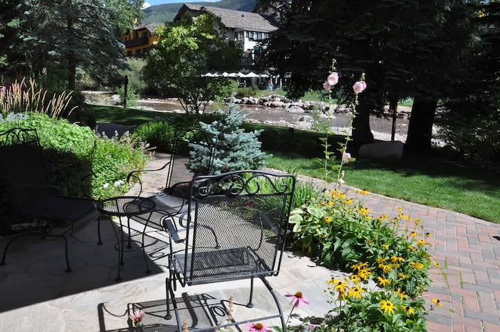 This condo is in the center of Vail Village right on the Gore Creek.  There is a small table and 2 chairs for your enjoyment right next to the creek!