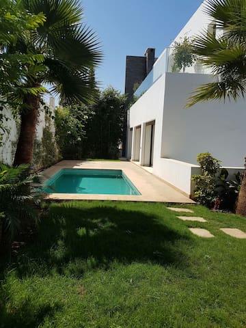 Villa haut standing à Casablanca - Casablanca - Villa