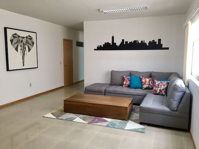 New apartment in la Americana / Consulado
