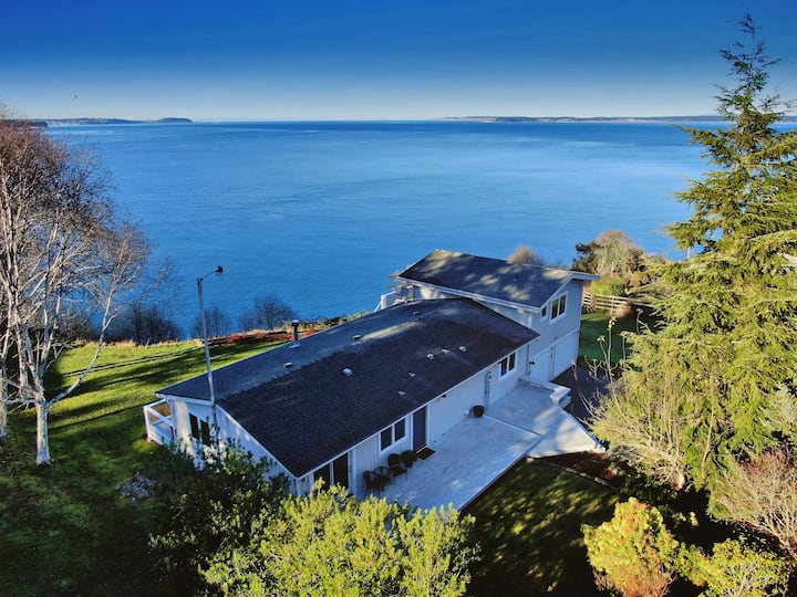 4 Bed 3 Bath 180° View of Admiralty Inlet high bank waterfront home (282) - 282