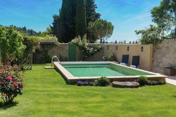 Lovely Villa in Montouliers with Swimming Pool