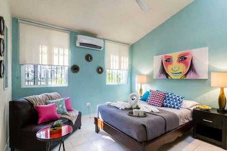 Private Room w/ Entrance! Downtown - Playa del Carmen