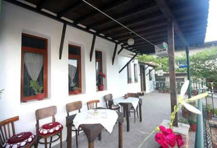 Baba Lluka (private room) :)