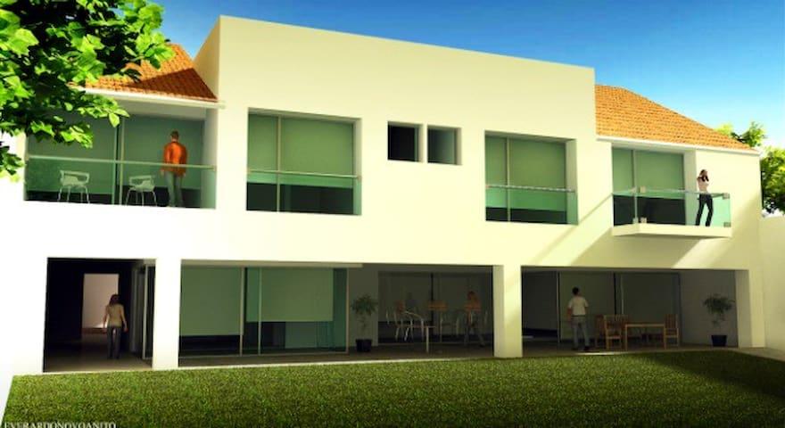 Casa en Villas de Irapuato - Villas de Irapuato - Casa