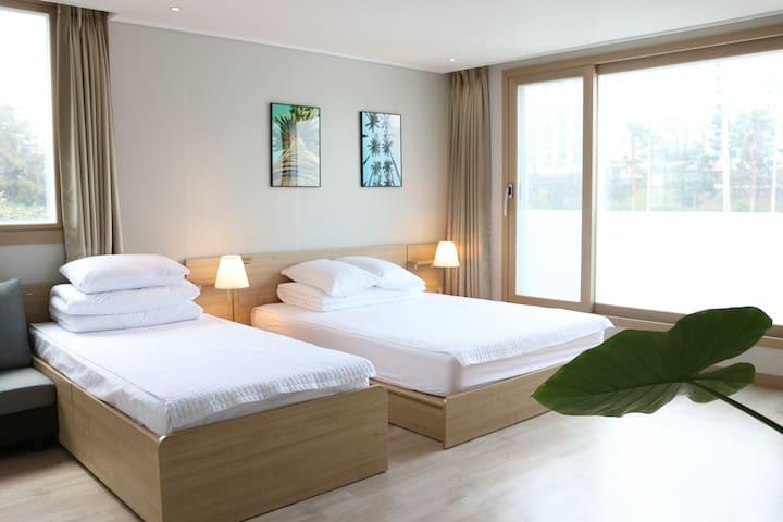 New 2017 Yilin Pension Triple Studio 3 - Seogwipo-si - Obsługiwany apartament