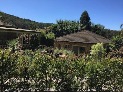 Corona Cottage - A Private Oasis