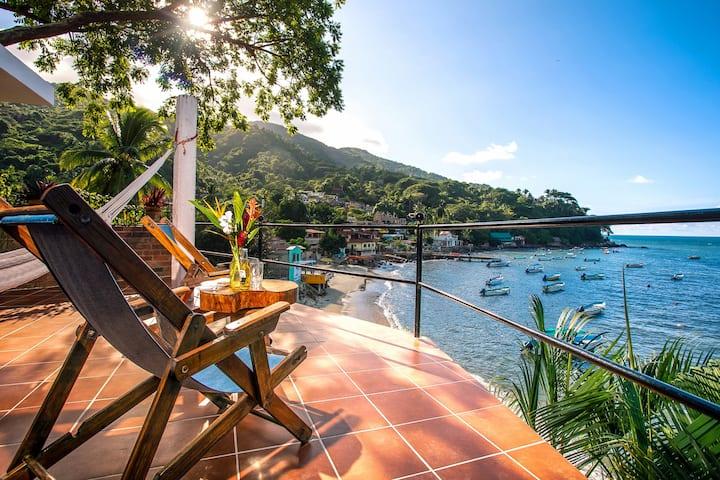 MiraMar: Casa Manta Ray, Ocean Side