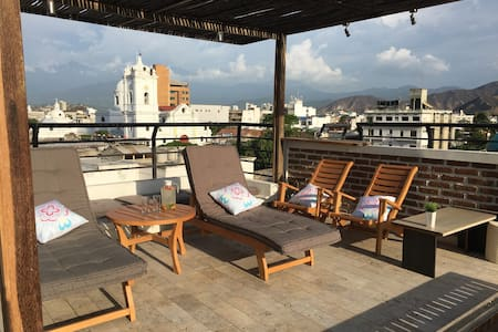 Penthouse in historical downtown, rooftop&sea view - 圣玛尔塔 - 公寓