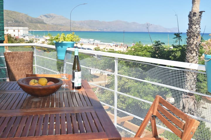 Villa Mirage-Sea View-WiFi-Free Parking