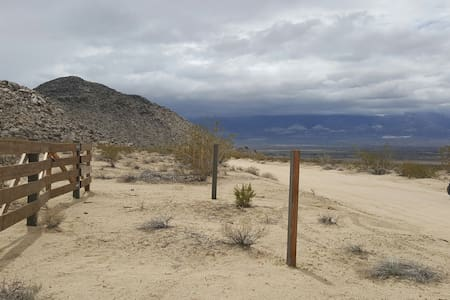 DESERT CAMP SITE - LUCERNE VALLEY - Autre