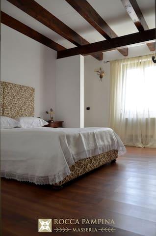 Masseria Rocca Pampina-Stanza n. 2 - Mottola - B&B/民宿/ペンション