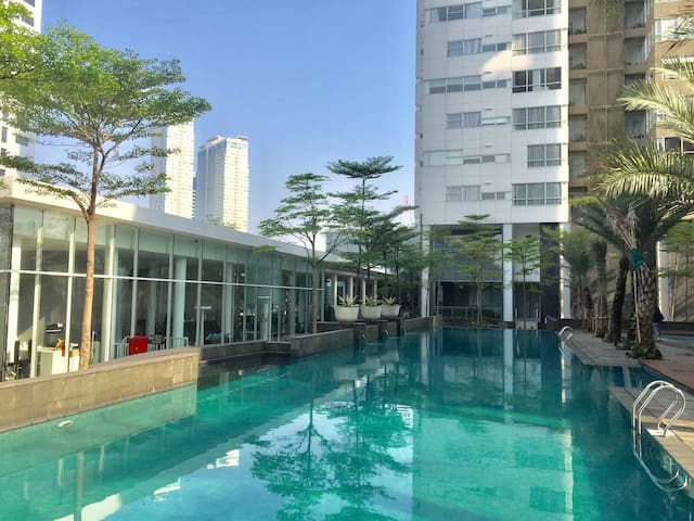 Spacious and Strategic Apartment in South Jakarta
