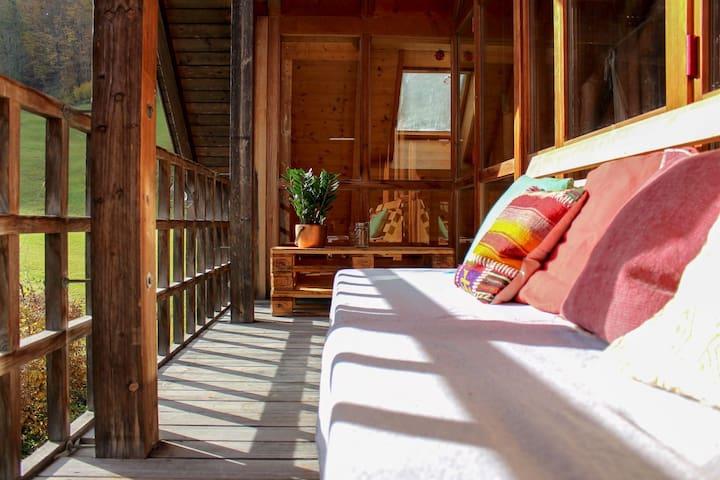 Liebevoll eingerichtete Wohnung am Wasserfall