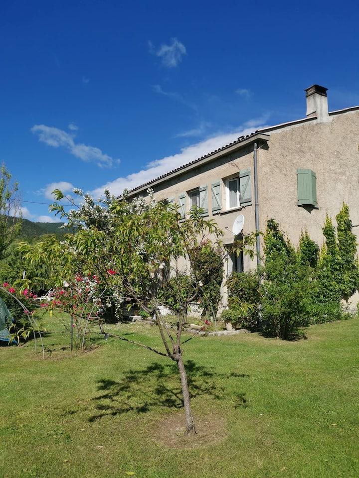 Barrême se situe au coeur de notre belle Provence.