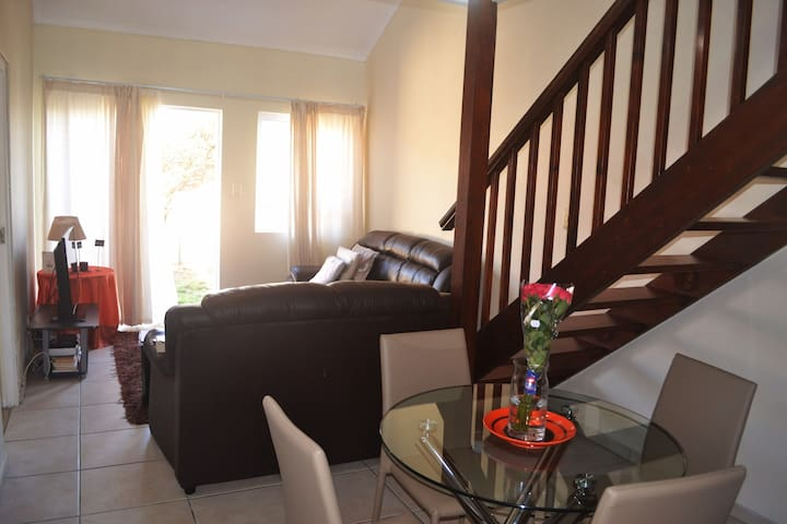 Homely cosy place in secure estate, close to beach