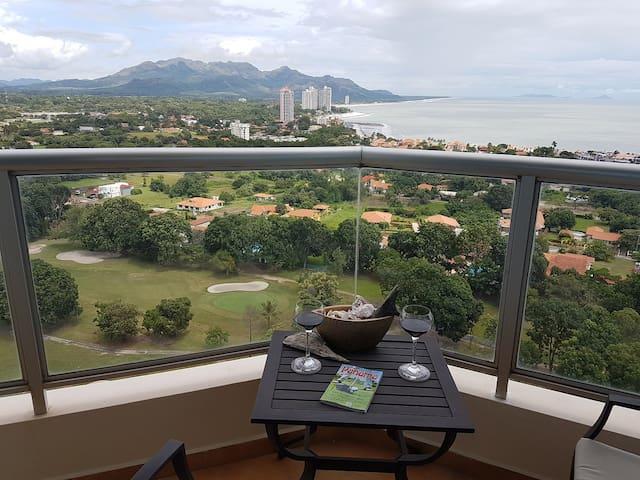 Luxury on the 22nd Floor! - Coronado - Lejlighed
