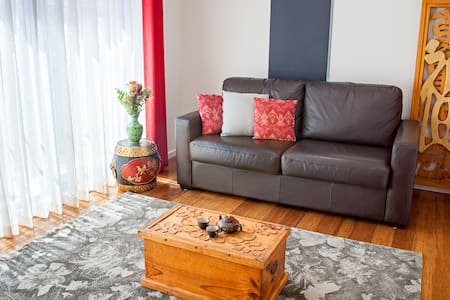 Spacious Eco-Chic Apartment in Central CBR