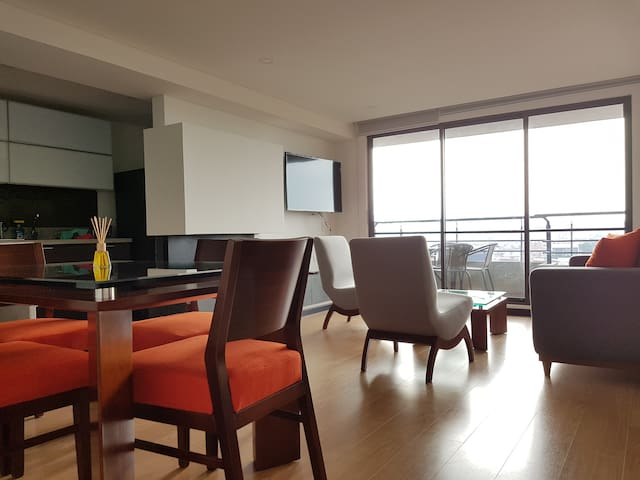 Modern and safe penthouse in the north of Bogotá