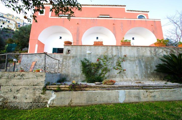 Asteria Farmhouse (6 pers. con parcheggio privato)