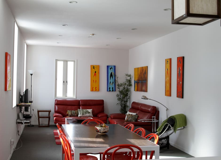 Spacious lounge and dining room