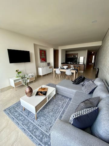 Brand new fully furnished 4 bedroom apartment