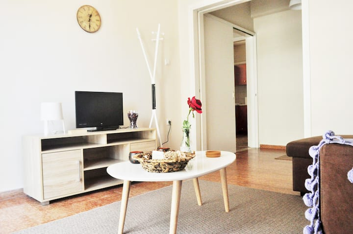 Bright city center apartment