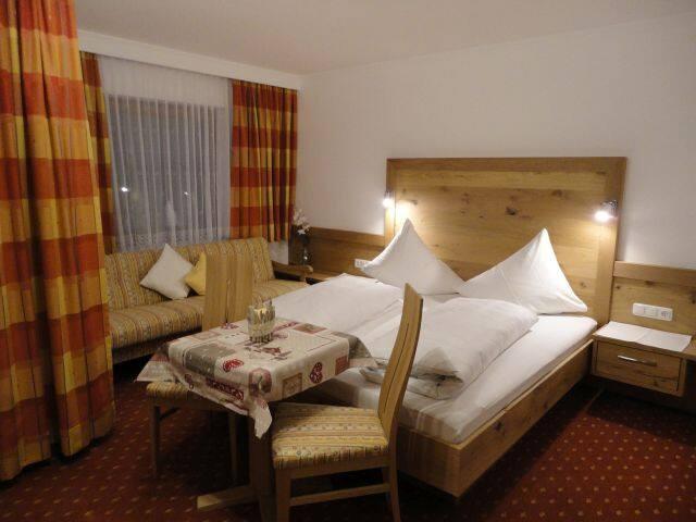Zimmer im Tiroler Stil