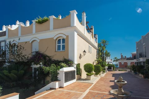 Stunning beachside townhouse with amazing seaviews