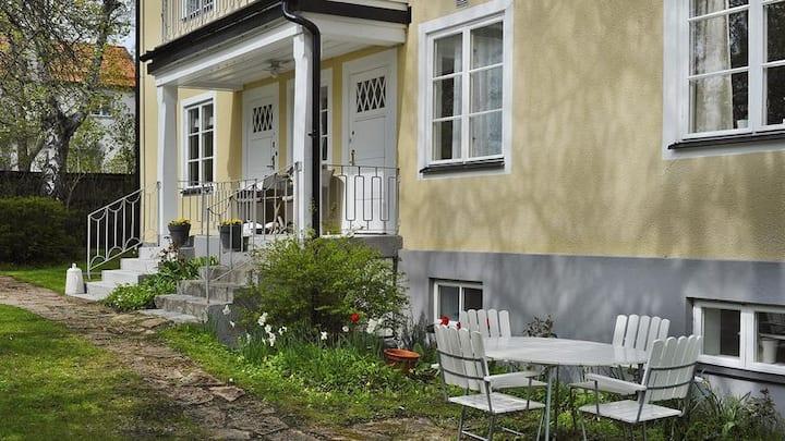 Cosy apartment residential area Lidingö