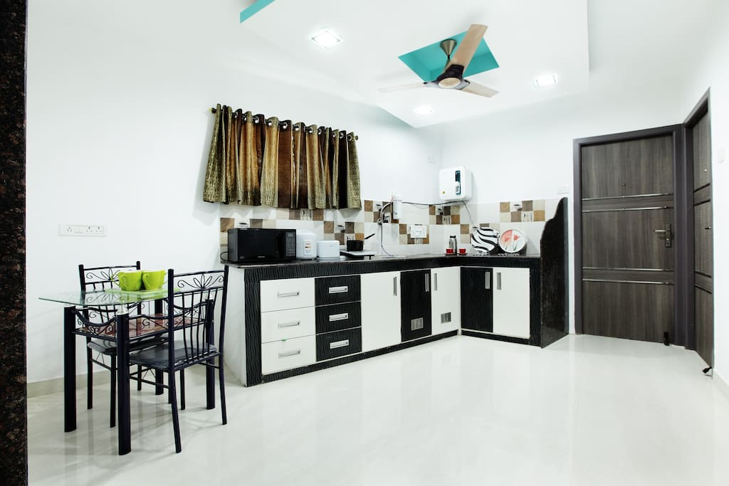 shared kitchen for all the 4 rooms