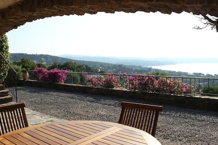 unique private apartment with breathtaking view - Cavalaire-sur-Mer - Otros