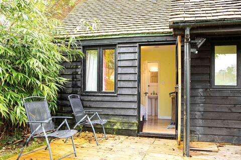 Mini Walnut Lodge