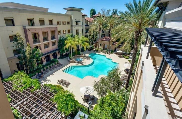 Resort Style Luxury Condominium/Pool / Gym/ Spa ..