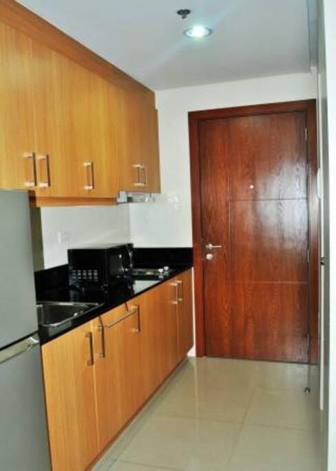 Kitchen /entrance door