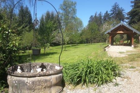 Gite n°2 du chateau de Feschaux - Villeneuve-Sous-Pymont
