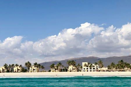 Villa 2 Directly on the beach,