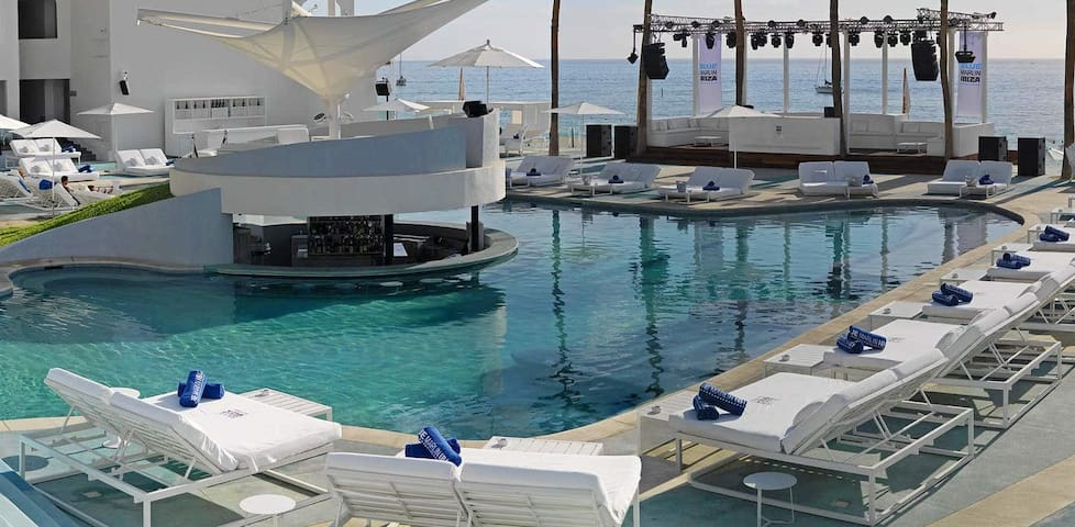 Pool at ME Cabo