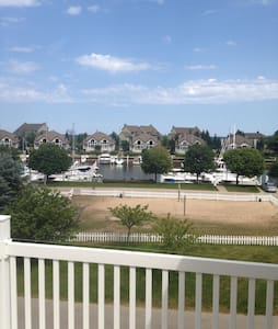 3 Level Condo in Harbor Village-Manistee Mi 49660 - Manistee - Townhouse