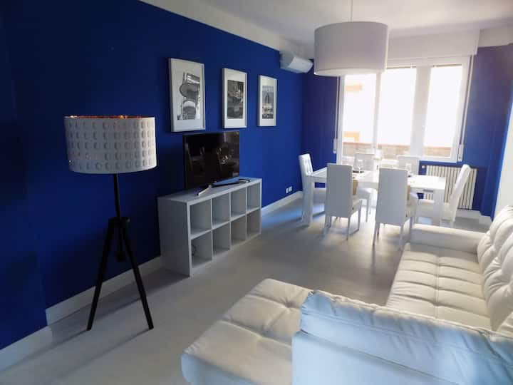 Hs4U Luxury Suite Prato apartment