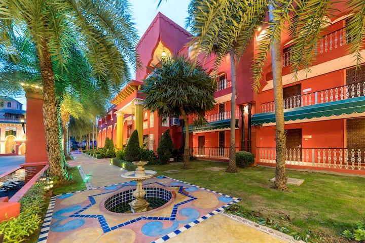 花筑、摩洛哥风格、高级双床房、中文服务/清迈美萍河畔/超大花园、游泳池/ 健身房 、靠近机场