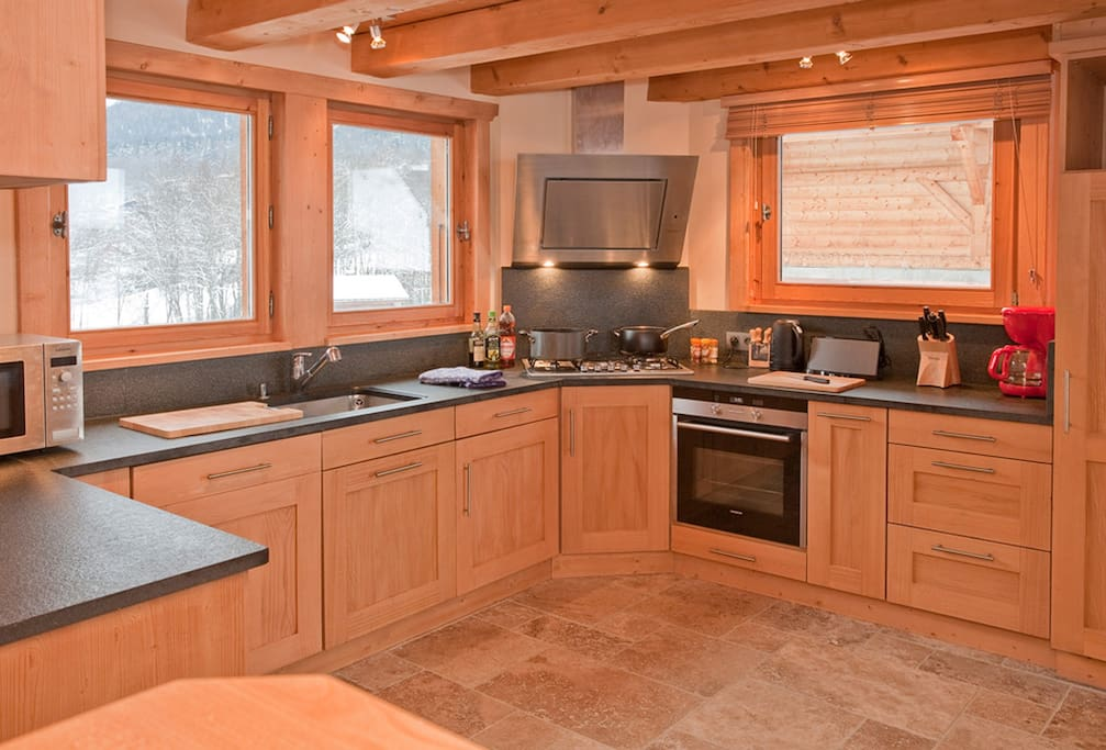 Fully equipped Kitchen, with stunning mountain views