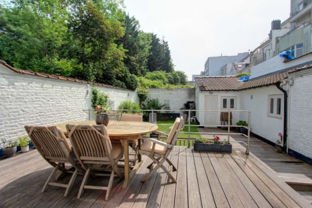 Le jardin et la terrasse