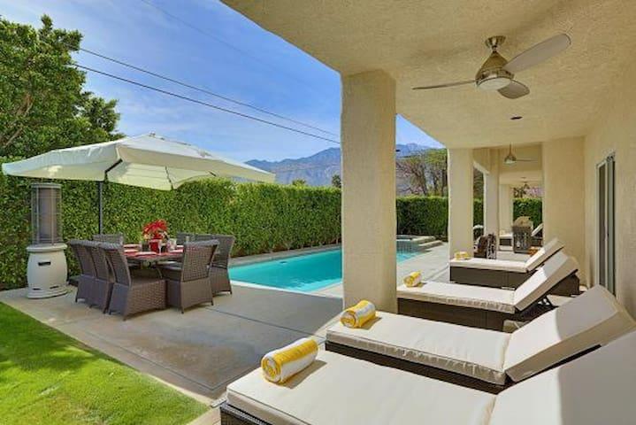 Casa Santa Fe - Luxury, Minutes to Downtown, Pool
