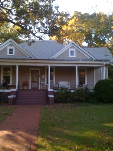 Enchanting Five Points Home near UGA and Downtown