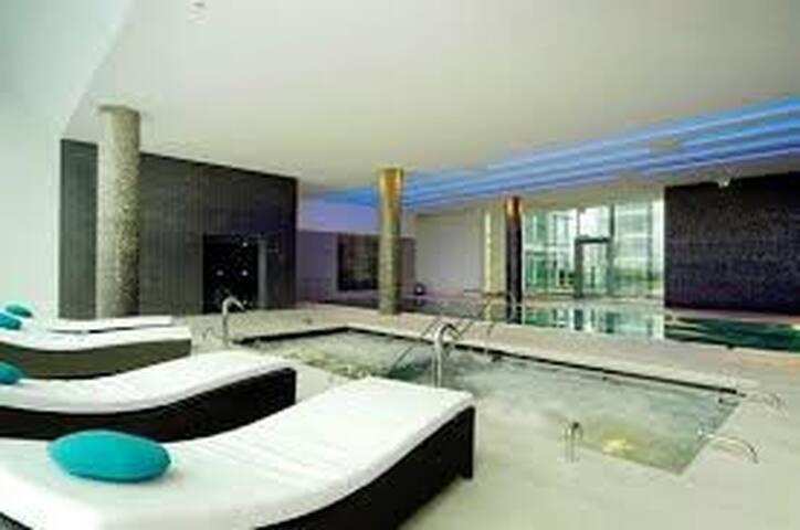 London Best Luxury Studio + Spa, Gym, Cinema, etc. - London - Lägenhet