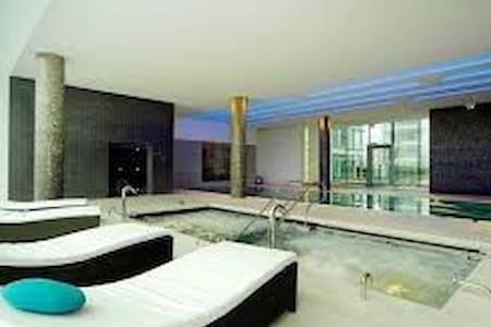 London Best Luxury Studio + Spa, Gym, Cinema, etc. - London - Wohnung